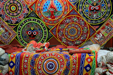 Handicraft traditional indian art and craft handi crunch for Indian arts and crafts